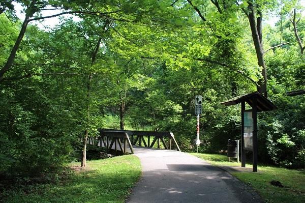 Font Hill Park pond