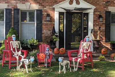 skeleton family along with dogs